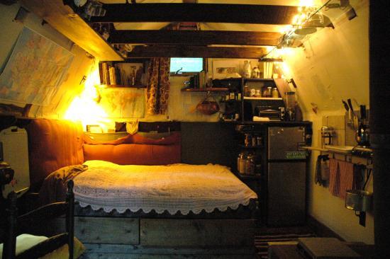 jaquel-bedroom